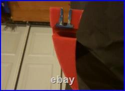 36 conveyor belt cleaner / scraper